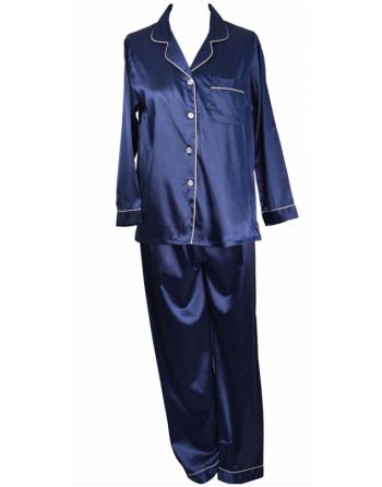Pyjama en satin bleu nuit